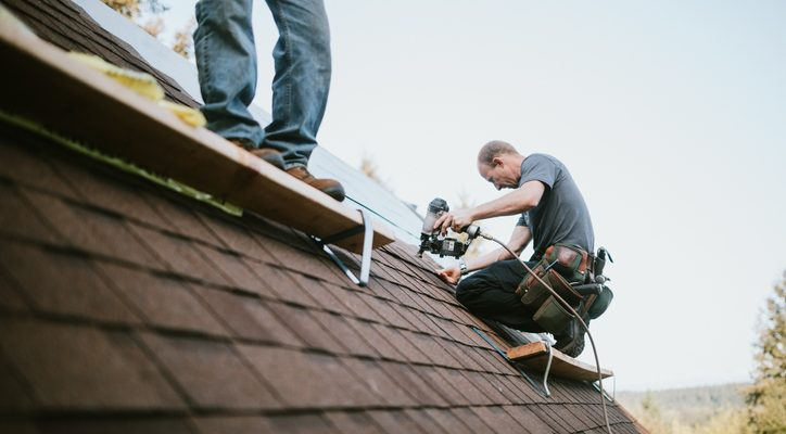 5 things to know before hiring a roofer